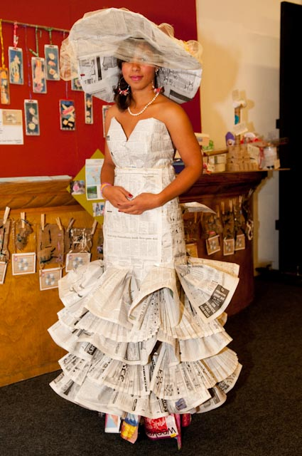 Trash-Fashion-2010-newspaper-gown.jpg